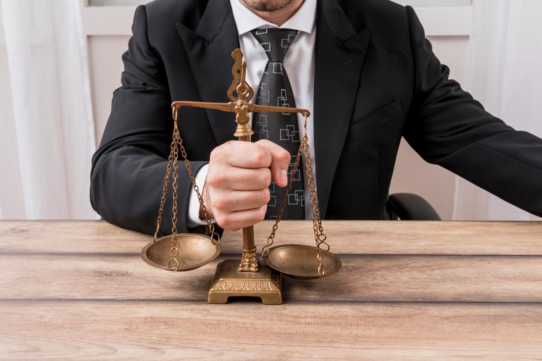 Como gerenciar um escritório de advocacia
